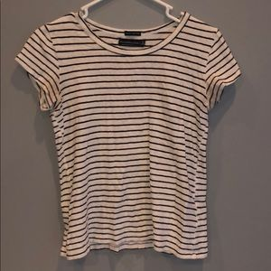 abercrombie and fitch 100% cotton tee-shirt